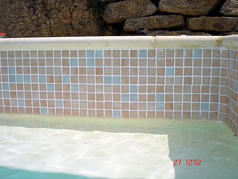Carrelage r novation rev tement piscine polyester by tca rp for Renovation piscine polyester prix