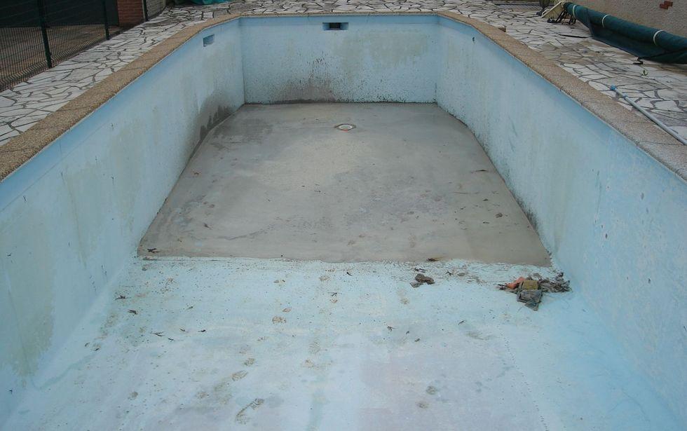 Application r novation rev tement piscine polyester by for Renovation piscine polyester prix